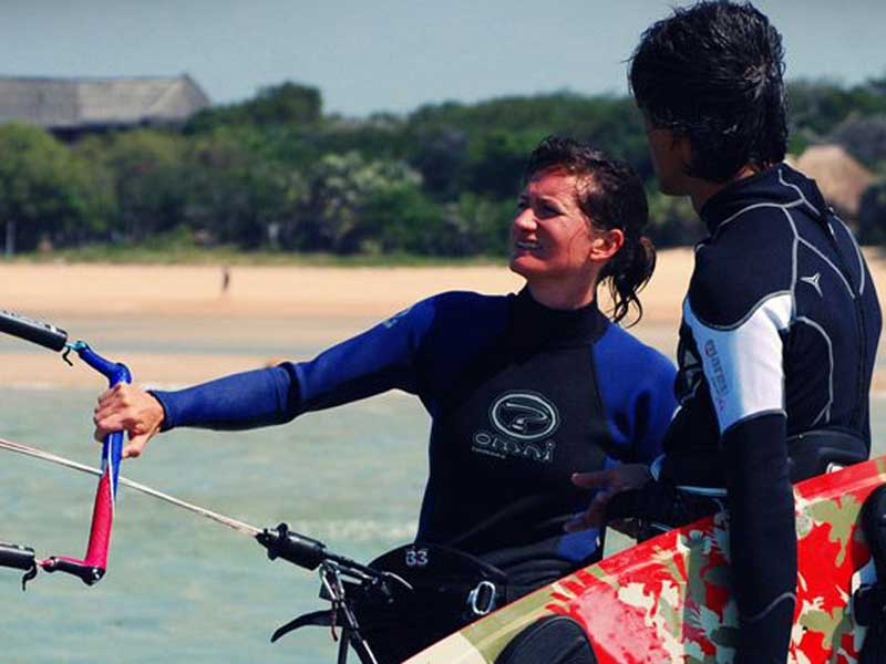 experience kite surfing in vilanculos